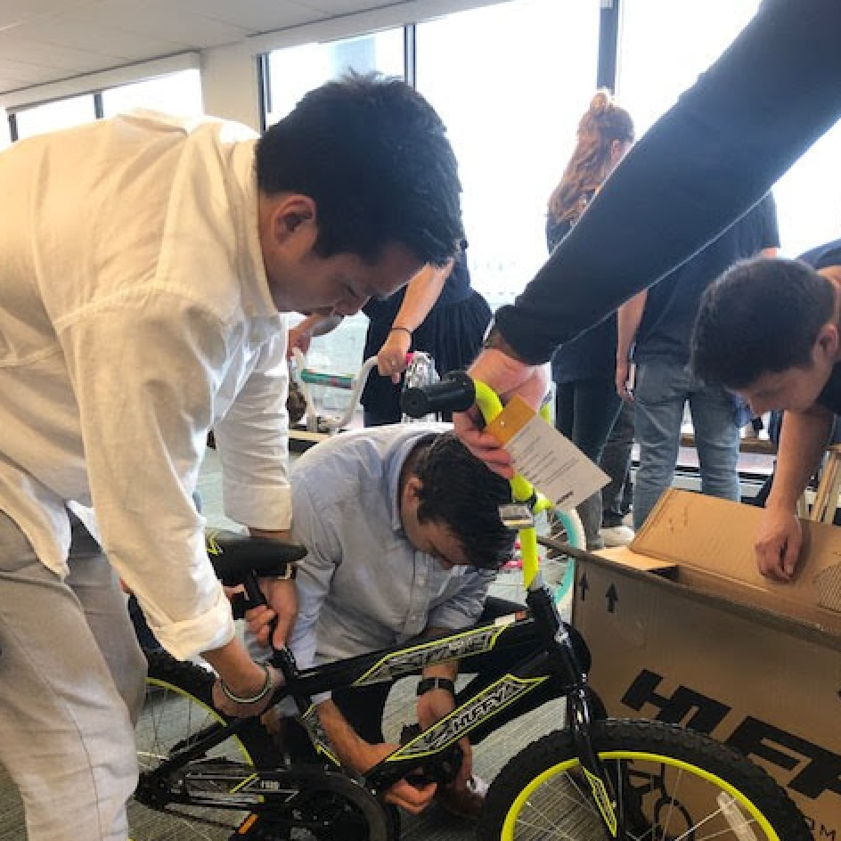 Adyen employees help build bikes for children in San Francisco