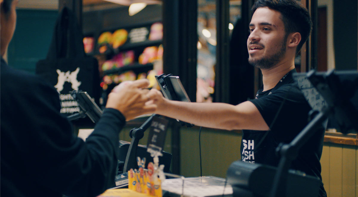 Adyen POS and Lush Pay in action